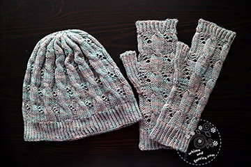 Yorkshire Skies / Harry Potter Hermione Knitted Hat And Mitts