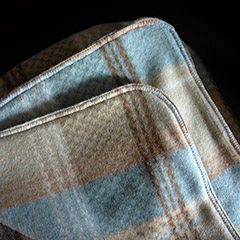 Tutorial for Fleece And Knitted Blankets | Whims And Fancies