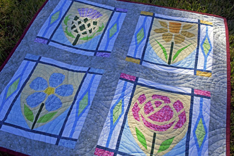 Thistle, Daffodil, Flax, Rose - Flowers Quilt Pattern